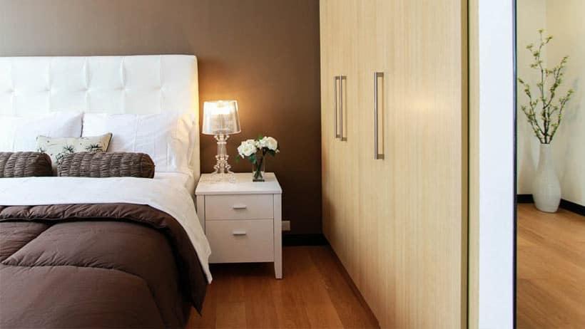 turn-your-bedroom-into-upmarket-hotel-suite