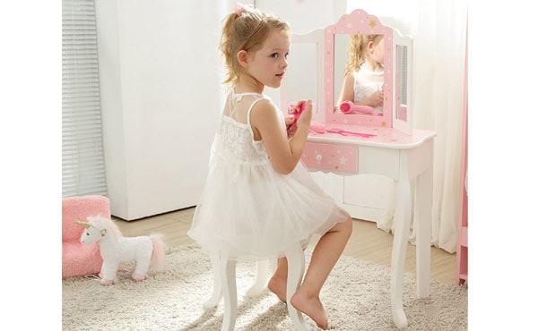 girls-vanity-set