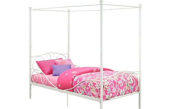 metal-canopy-bed