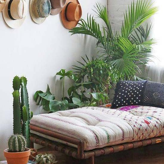 argentinian-style-daybed