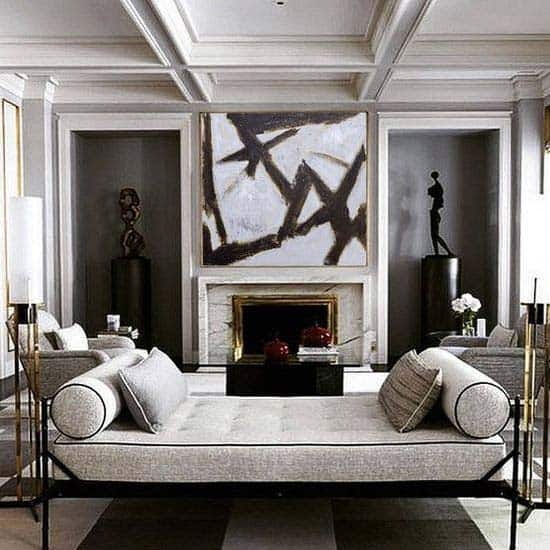 elegant-living-room-with-daybed