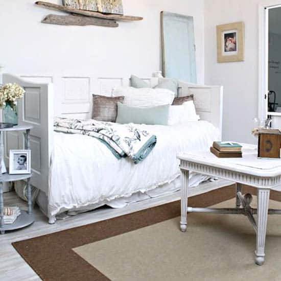 messy-daybed