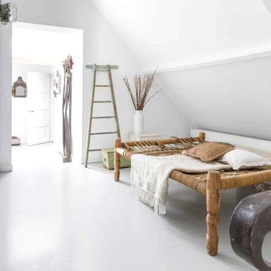 odd-living-room-shape