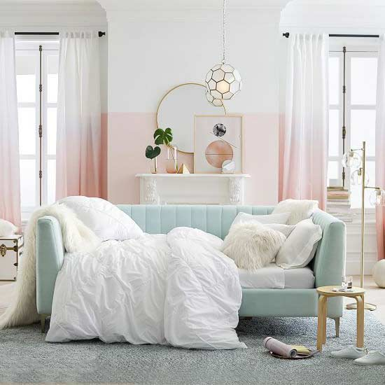 retro-pastel-daybed
