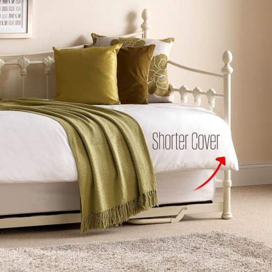 short-comforter-on-daybed