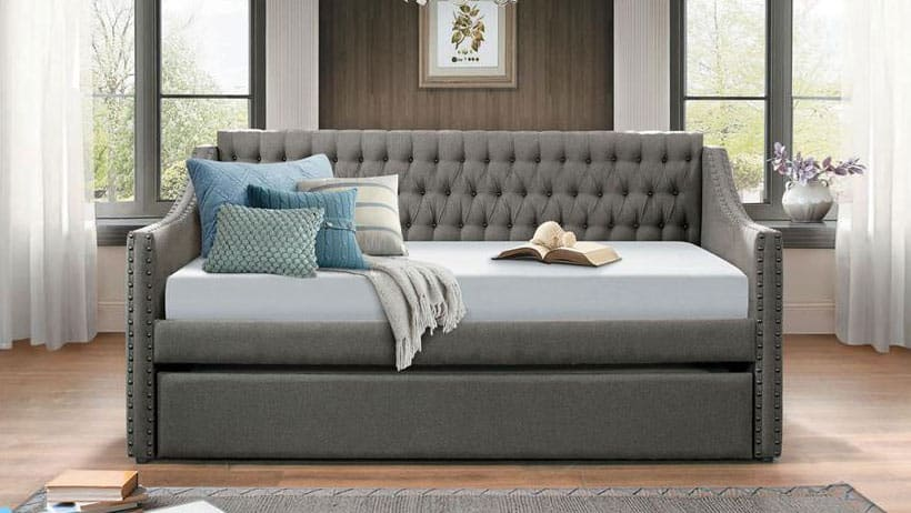 are-daybeds-comfortable-to-sit-and-sleep-on